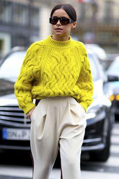 Картинки по запросу modne swetry damskie na drutach