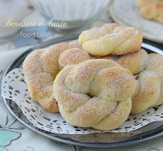 Here you can find a collection of Italian food to date to eat Italian Cookie Recipes, Italian Cookies, Italian Desserts, Biscuit Dessert Recipe, Dessert Recipes, Biscotti Cookies, Yummy Cookies, Holiday Baking, Italian Recipes