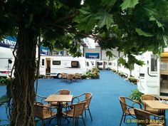 Vandaag begint Dordrecht Open. Kampeerautos en caravans van Hobby Fendt Adria en SunLiving. Ik wens de organisatoren veel succes en veel bezoekers. #caravan #camper #kampeerauto #vivakamperen #tw
