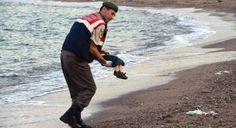 صورة الطفل السوري تهز العالم.. ومغردون: كل 20 سنة يصحى الضمير العربي يستنكر وينام
