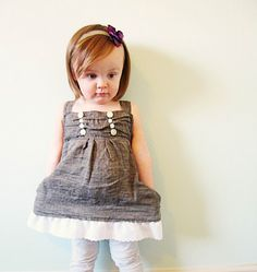 Free Pattern: Button-Top Dress for Girls. Now I just need the girl. Sewing Kids Clothes, Sewing For Kids, Baby Sewing, Free Sewing, Girlie Clothes, Sewing Case, Diy Clothing, Clothing Patterns, Little Girl Dresses