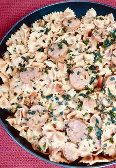 Smoked Sausage Bow Tie Pasta with Vodka Cream Sauce Entree Recipes, Pasta Recipes, Dinner Recipes, Dinner Ideas, Pork Dishes, Pasta Dishes, Smoked Sausage Recipes, Quick Weeknight Meals, Food Hacks