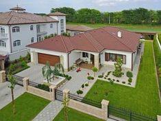 House Roof Design, House Outside Design, Village House Design, Modern Exterior House Designs, Dream House Exterior, Bungalow House Plans, Bungalow House Design, Free House Plans, House Design Pictures