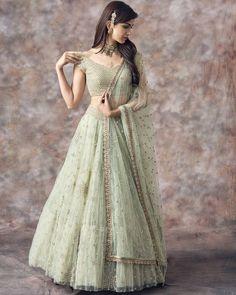 Select From more that Designer Exclusive Styles An amazing collection of photographs of the latest bridal lehenga designs and styles for Bangladeshi, Indian and Pakistani brides. Indian Lehenga, Green Lehenga, Lehnga Dress, Lehenga Blouse, Lehenga Dupatta, Anarkali, Indowestern Lehenga, Sabyasachi, Designer Bridal Lehenga