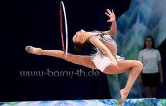 Dina AVERINA (Russia) ~ Hoop @ WC Taschkent 14/04/'17 Photographer Bernd Thierolf.