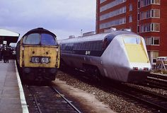 swindon station Western Class 52 and then the APT-E rolled in Electric Locomotive, Diesel Locomotive, Uk Rail, Gas Turbine, Abandoned Train, Electric Train, British Rail, Speed Training