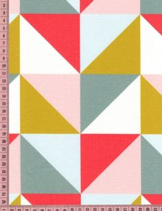 Grands triangles moutarde- gris-corail 50 cm