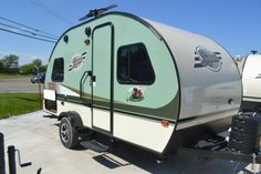 Modern travel trailers with weight under 1000lbs can offer ...