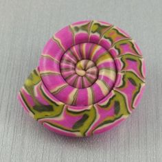 2GoodClayMates Ebbtide Shell Button in Pink and Green