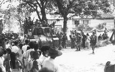 Filipino residents of Cebu City welcome American soldiers WW II Visayas, Pearl Harbor Attack, Cebu City, Bohol, National Archives, United States Army, American Soldiers, The Province, Guerrilla