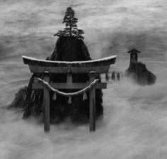 Shinto shrine, Japan. Photo by Rachel Blaser