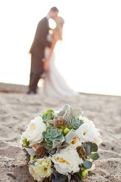 succulent bouquet, love this picture