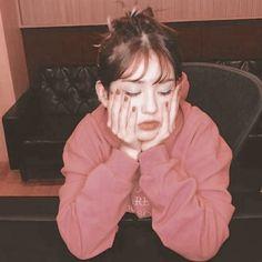 My Moon And Stars, Yg Entertaiment, Best Friend Quotes Funny, Dark Anime Girl, Teen Celebrities, Jeon Somi, Blackpink Fashion, K Idol, Yoona