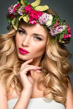 Beautiful blonde with flower crown Beautiful Girl Image, Beautiful Women, Poses, 3d Foto, Floral Headdress, Celebrity Perfume, Girls With Flowers, Russian Beauty, Model Face