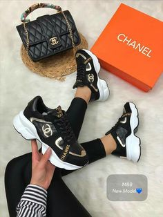 Designer shoes set available from size 36 to 40 we do shipping worldwide. Luis Vuitton Shoes, Louis Vuitton Shoes Sneakers, Chanel Sneakers, Chanel Shoes, Sneakers Fashion, Chanel Chanel, Women's Sneakers, Pretty Shoes, Cute Shoes