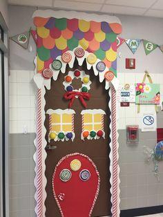 Diy Christmas Door Decorations, Christmas Door Decorating Contest, Gingerbread Christmas Decor, Christmas Classroom Door, School Door Decorations, 3d Christmas, Gingerbread Man, Xmas Crafts, Candyland