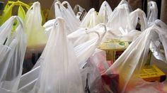 """15 """"Bio-Friendly"""" Plastic Bag Companies Warned by FTC for False Advertising - Consumers' Research Plastic Grocery Bags, Reusable Grocery Bags, Friendly Plastic, Recycled T Shirts, Helping The Homeless, T Shirt Diy, Cloth Bags, Fun To Be One, Diy And Crafts"""