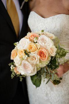 Traditional roses: http://www.stylemepretty.com/oregon-weddings/2015/05/07/elegant-intimate-oregon-winery-wedding/ | Photography: Altura Studio - http://alturastudio.com/