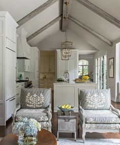 Family room chair. Open kitchen family room floor plan. Chairs in family room…