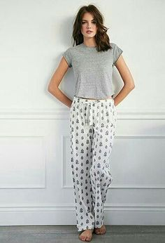 Paisley Floral PJ Pants from Forever Shop more products from Forever 21 on Wanelo. Cute Sleepwear, Sleepwear & Loungewear, Sleepwear Women, Nightwear, Lingerie Sleepwear, Lazy Day Outfits, Cute Outfits, Lingerie Steampunk, Pyjamas