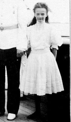 Belle Epoque, Anastasia, Tatiana Romanov, Familia Romanov, Romanov Sisters, Girl Interrupted, Grand Duchess Olga, Bathing Costumes, Tsar Nicholas Ii