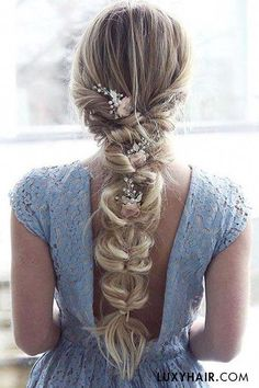 beach wedding hairstyles Pretty little dress amp; romantic hair with Ash Blonde for length and thickness on inspobyelvirall. Box Braids Hairstyles, Wedding Hairstyles For Long Hair, Prom Hairstyles, Gorgeous Hairstyles, Updo For Long Hair, Everyday Hairstyles, Hairstyle Ideas, Quinceanera Hairstyles, Hair Trends