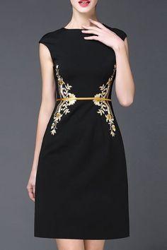 Viscose Floral Cap Sleeve Above Knee Elegant Dresses Elegant Dresses, Pretty Dresses, Merian, Embroidery Dress, Embroidered Dresses, Dress Patterns, Designer Dresses, Fashion Dresses, Dress Up