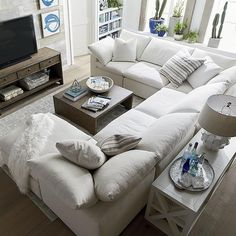 New small living room furniture couch curtains 32 ideas Living Room On A Budget, Small Living Rooms, Living Room Modern, My Living Room, Living Room Interior, Living Room Furniture, Living Room Designs, Rustic Furniture, Antique Furniture