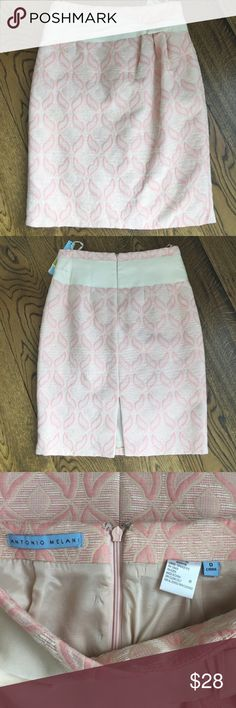 Antonio Melani beautiful detailed skirt. Sz 0 Photos don't do this gorgeous skirt justice. So feminine and pretty, Pair w/cream fitted cardigan for a great look on Valentine's Day! ANTONIO MELANI Skirts Pencil