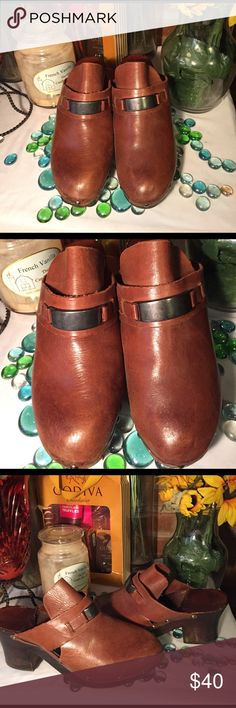 LJ Simone Leather Mules Sz7- Good condition- Medium brown- No damage- Genuine leather- Silver hardware- 3' Wooden heels- Made in Brazil- Very nice. LJ Simone Shoes Mules & Clogs