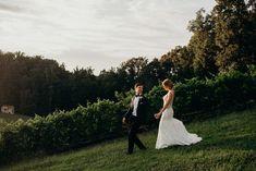 Vineyard Strolls: Bride & Groom Photography by Lindsey Paradiso Virginia Wineries, Northern Virginia, Tuscan Style, Old World, Vows, Bride Groom, Real Weddings, Vineyard, Wedding Photos