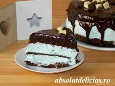 Cakes Puddings Trifles Cobblers etc. Note: Pies Cupcakes Cookies Bars & Candy posted on separate boards Chocolate Glaze Cake, Chocolate Gifts, Mint Chocolate, Chocolate Recipes, Cake Recipes, Dessert Recipes, Desserts, Sweet Soup, Cupcake Cookies
