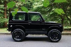 N-7. ジムニー JA11 カスタムコンプリートモデル Samurai, Retro Cars, Vintage Cars, Jimny Suzuki, Adventure Car, Kei Car, Day Van, Small Trucks, Custom Jeep