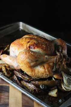 Looking for Fast & Easy Chicken Recipes, Main Dish Recipes! Recipechart has over free recipes for you to browse. Find more recipes like Roast Chicken with Fennel and Olives. Roast Chicken Fennel, Perfect Roast Chicken, Roasted Chicken And Potatoes, Roast Chicken Recipes, Turkey Recipes, Meat Recipes, Recipies, Olive Recipes, Popsugar Food