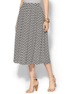 A perfect skirt for the Twin Peaks Natty Gal - Rhyme Los Angeles Chevron Print Midi Skirt - Black   $69.50 #womensfashion #thenatty #nattygal