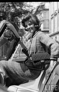 1961 - Chanel suit Photo by Paul Schutzer
