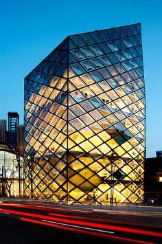 Prada Aoyama Epicenter Store, Toyko by Herzog & de Meuron Architects