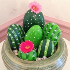 Smitten with cactus rocks! Such a cute and easy kids craft. Just paint rocks and glue on some flowers. Easy Peasy!!! Good summer activity for kids