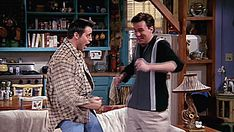 Could you BE any more like Chandler or Joey? Monica And Chandler, Chandler Bing, Friends Gif, Friends Tv Show, Warner Channel, Playhouse Theatre, Matthew Perry, Gifs, Husband Love
