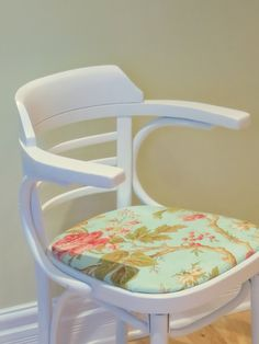 Leslie Chair - SOLD