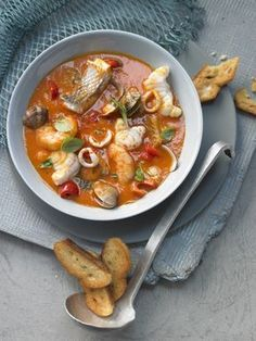 Italian Cooking - The Joys Of Cooking Italian Dishes! Fish Recipes, Baby Food Recipes, Soup Recipes, Salad Recipes, Joy Of Cooking, Italian Cooking, Cooking Tools, Zuppa De Pesce Recipe, Italian Dishes