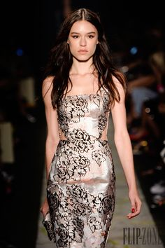 Patbo Fall-winter 2015-2016 - Ready-to-Wear - http://www.flip-zone.com/fashion/ready-to-wear/independant-designers/patbo-5246