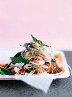 Green Papaya Salad    @GreatestAthlete   #makeithappen #iamgreatestathlete #health #fitness #diet #nutrition #lifestyle #exercise #recipes #food www.greatestathlete.com https://www.donnahay.com.au/recipes/dinners/green-papaya-salad#
