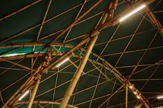 Image 23 of 41 from gallery of Bamboo Amphitheater Space Structure / Bambutec Design. Photograph by Juan Dias Amphitheater Architecture, Bamboo Architecture, School Architecture, Bamboo Structure, Catholic University, Wall Decor Design, Reinforced Concrete, Puc, Fair Grounds