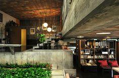 Somewhere I would like to live: Alto de Pinheiros House / Pablo Bastos