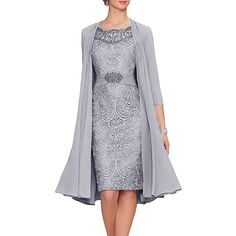 You are searching for a cute mother of the bride dress? You should take a look at this Newdeve Chiffon Mother The Bride Dresses Tea Length Two Pieces Jacket. Mother Of Groom Dresses, Bride Groom Dress, Mothers Dresses, Mother Of The Bride, Bride Dresses, Wedding Dresses, Tulle Wedding, Wedding Outfits, Tea Length Dresses