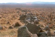 Two views of the dyke at Daskop, looking towards the west, are shown above. This is near the centre of the impact. Its width at the surface is a few metres, but it is hundreds of metres long where it is exposed here. Mountain Pass, Deep Impact, Pinterest Images, Geology, South Africa, River, World, Centre