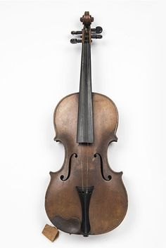 Alongside cat burglar Charles Peace's fold-up ladder for breaking and entering, there's his violin. He was both a talented musician and a criminal, and was executed for killing a police officer in a burglary gone wrong in 1878.