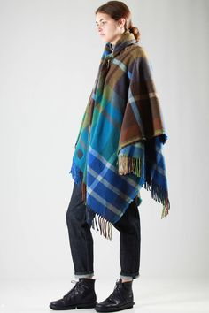 VIVIENNE WESTWOOD - Mantero - Scarf-Cape In Wool And Acrylic Tartan With Curled Elastic Band At The Neck :: Ivo Milan
