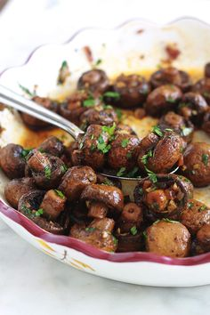 Roasted Mushrooms with Garlic and Balsamic Vinegar - - Quick Side Dishes, Side Dish Recipes, Veggie Recipes, Healthy Recipes, Mushroom Dish, Mushroom Recipes, Tapas, Roasted Mushrooms, Stuffed Mushrooms